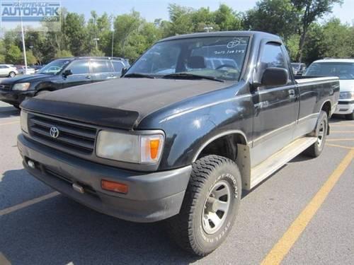 1993 toyota pickup truck 4x4 truck 1993 toyota pickup truck in fayetteville ar 4346723184. Black Bedroom Furniture Sets. Home Design Ideas