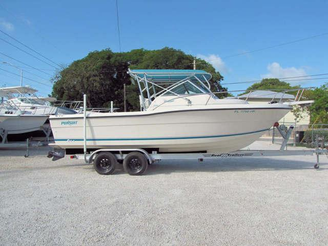 1994 23' Pursuit Walkaround Boat for Sale by Boat Depot for Sale in