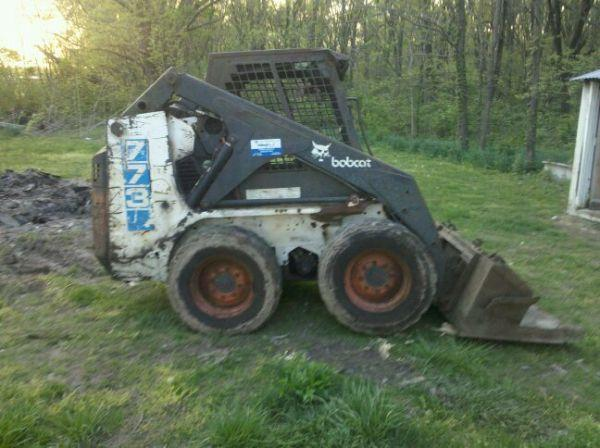 1994 Bobcat 773 skidsteer skid steer loader - $6000