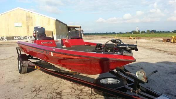 1994 champion 190 dcx elite bass boat