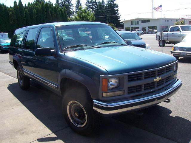 1994 chevrolet suburban 2500 for sale in clackamas oregon. Black Bedroom Furniture Sets. Home Design Ideas