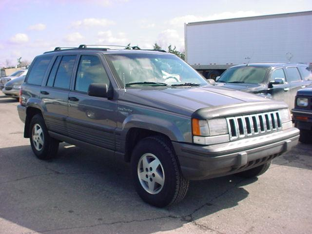 1994 jeep grand cherokee se for sale in pontiac michigan classified. Black Bedroom Furniture Sets. Home Design Ideas