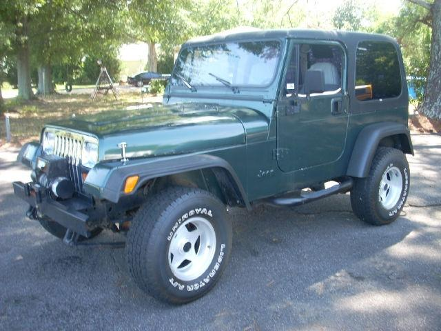 1994 jeep wrangler sport 4wd for sale in cumming georgia classified. Black Bedroom Furniture Sets. Home Design Ideas