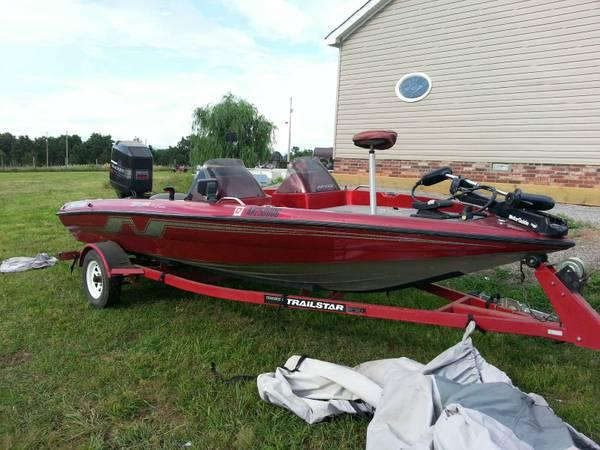 1994 Nitro Bass boat for Sale in Ozark Arkansas