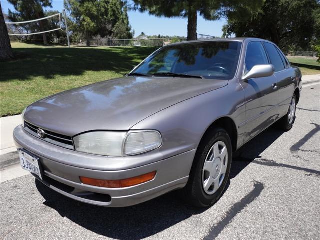 1994 toyota camry le for sale in thousand oaks california for Regan motors thousand oaks ca