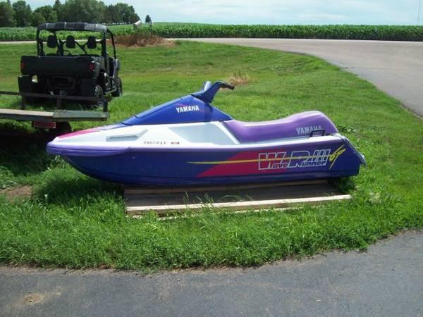 1994 Yamaha WRA700 - $1199