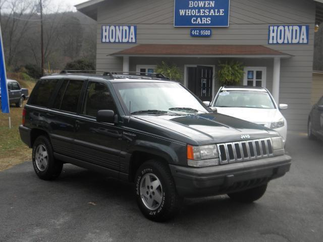 1994 jeep grand cherokee se for sale in rainbow city alabama classified. Black Bedroom Furniture Sets. Home Design Ideas