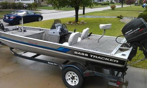 1995 Bass Tracker Pro 17 For Sale In Cincinnati Ohio