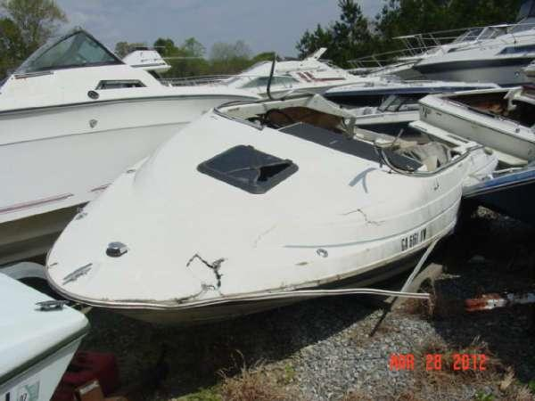 1995 Bayliner 1950 Capri Cuddy Mercruiser Hull 1995