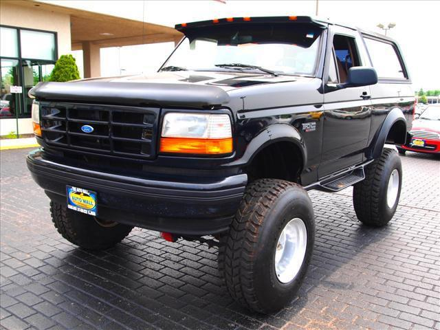 1995 ford bronco xlt for sale in champaign illinois classified. Black Bedroom Furniture Sets. Home Design Ideas