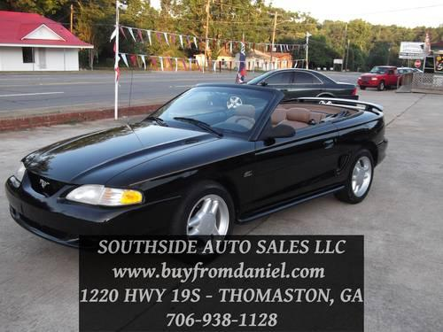 1995 ford mustang gt convertible 5 0l low low miles call today for sale in thomaston. Black Bedroom Furniture Sets. Home Design Ideas