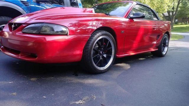 1995 ford mustang gt convertible red auto ask mi for sale in dundee illinois classified. Black Bedroom Furniture Sets. Home Design Ideas