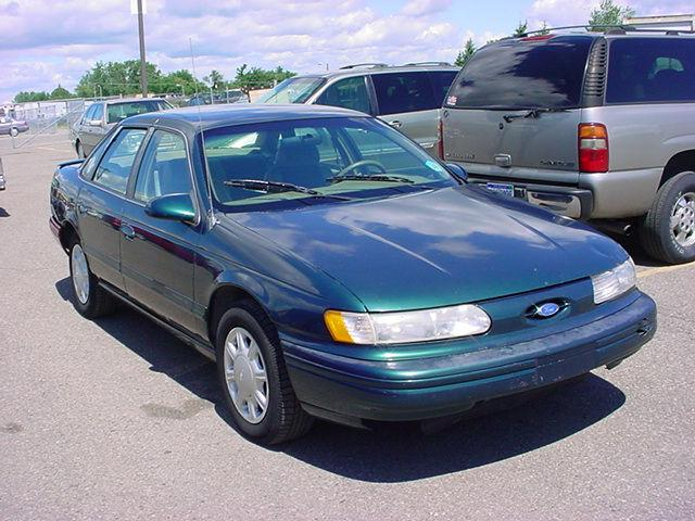 1995 ford taurus gl for sale in pontiac michigan. Black Bedroom Furniture Sets. Home Design Ideas