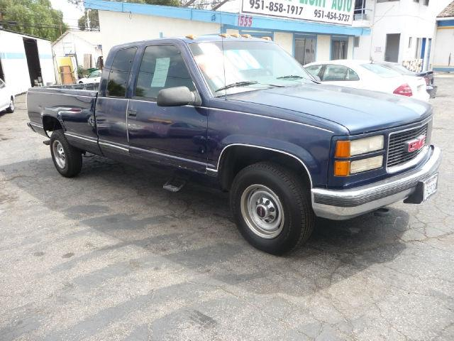 1995 gmc sierra 2500 club coupe for sale in corona. Black Bedroom Furniture Sets. Home Design Ideas