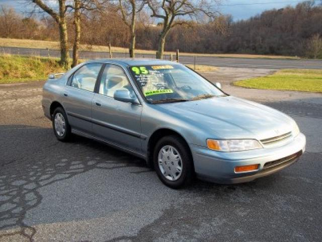 1995 Honda Accord LX for Sale in Old Hickory, Tennessee ...