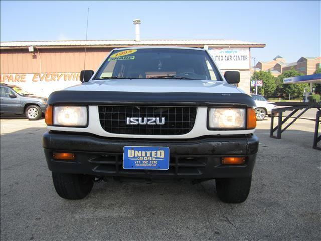 1995 isuzu rodeo s for sale in champaign illinois classified. Black Bedroom Furniture Sets. Home Design Ideas