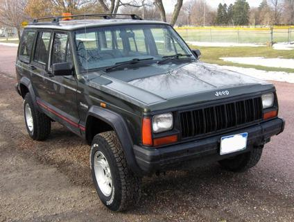 1995 jeep cherokee rhd right hand drive postal 4x4 77 668 miles for sale in mitchell south. Black Bedroom Furniture Sets. Home Design Ideas