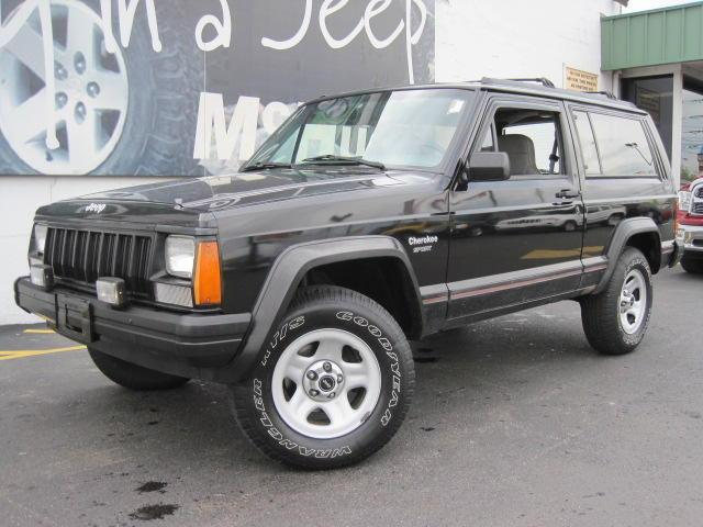 1995 jeep cherokee sport for sale in zanesville ohio classified. Cars Review. Best American Auto & Cars Review