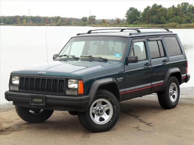 1995 jeep cherokee sport for sale in levittown pennsylvania classified. Black Bedroom Furniture Sets. Home Design Ideas