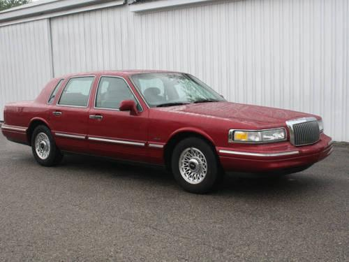 1995 Lincoln Town Car 4 Dr Sedan Executive For Sale In New Era
