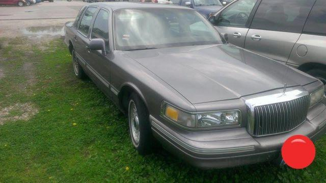 1995 Lincoln Town Car For Sale In Knoxville Illinois Classified