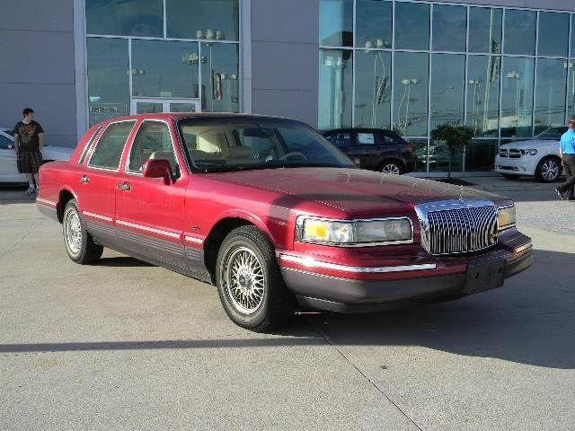 1995 Lincoln Town Car Signature For Sale In Fort Wayne Indiana