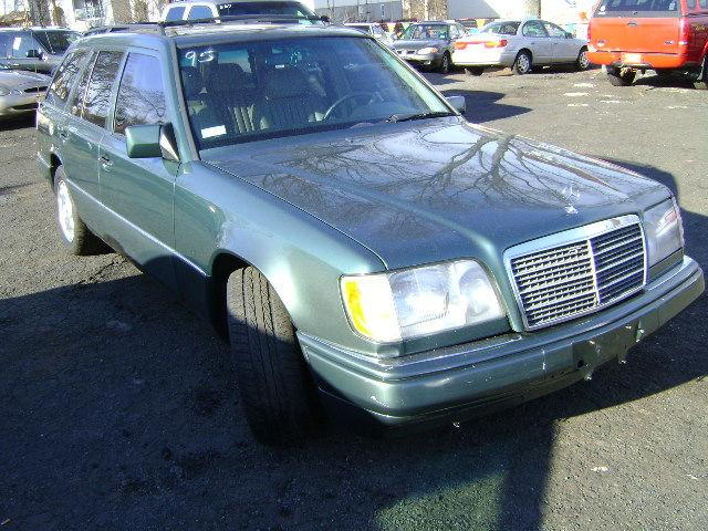 1995 mercedes benz e class e320 wagon for sale in newark for Mercedes benz e class wagon for sale