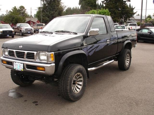 1995 nissan pickup for sale in dallas oregon classified. Black Bedroom Furniture Sets. Home Design Ideas