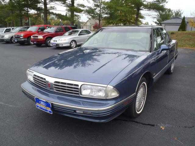 1995 oldsmobile ninety eight for sale in columbiana ohio classified. Black Bedroom Furniture Sets. Home Design Ideas