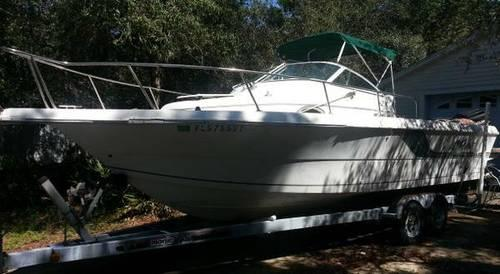 1995 Proline 231 Project Boat