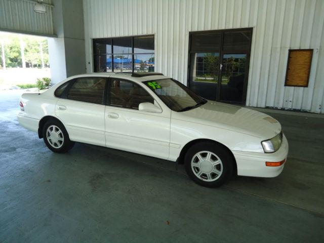 1995 toyota avalon xls for sale in tampa florida. Black Bedroom Furniture Sets. Home Design Ideas