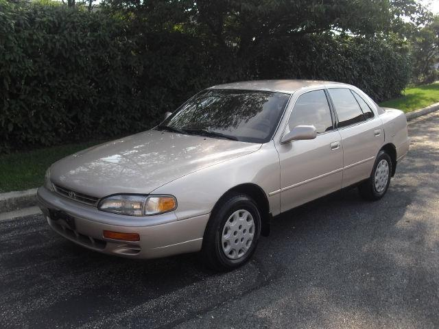 1995 toyota camry le for sale in millersville maryland. Black Bedroom Furniture Sets. Home Design Ideas