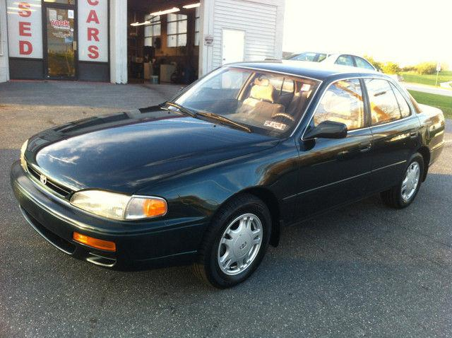 1995 toyota camry xle for sale in york pennsylvania classified americanlis. Black Bedroom Furniture Sets. Home Design Ideas