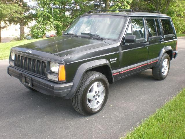 1995 jeep cherokee sport for sale in leesburg virginia classified. Black Bedroom Furniture Sets. Home Design Ideas
