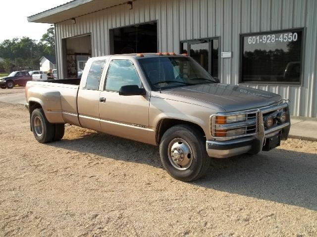 1996 chevrolet 3500 silverado for sale in wiggins mississippi classified. Black Bedroom Furniture Sets. Home Design Ideas