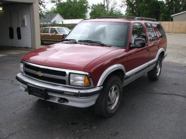 1996 chevrolet blazer lt for sale in muncie indiana classified. Cars Review. Best American Auto & Cars Review
