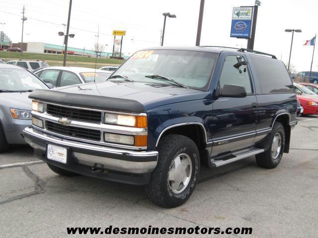 1996 chevrolet tahoe for sale in des moines iowa. Black Bedroom Furniture Sets. Home Design Ideas