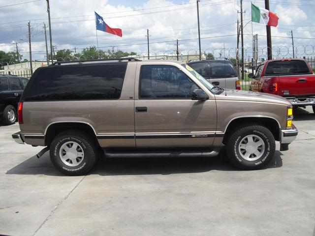 1996 chevrolet tahoe lt for sale in houston texas classified. Black Bedroom Furniture Sets. Home Design Ideas