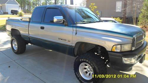 1996 Dodge Ram 1500 4x4 extended cab tow package 5.9 V8