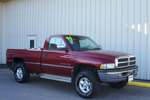 1996 dodge ram 1500 lt for sale in grinnell iowa. Black Bedroom Furniture Sets. Home Design Ideas