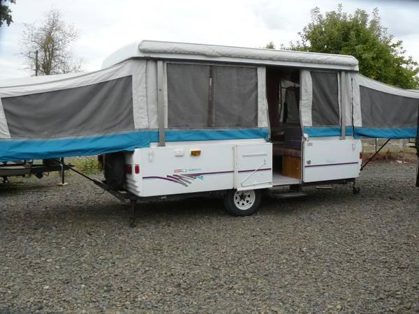 1996 Fleetwood coleman bayport Tent Trailer Very clean