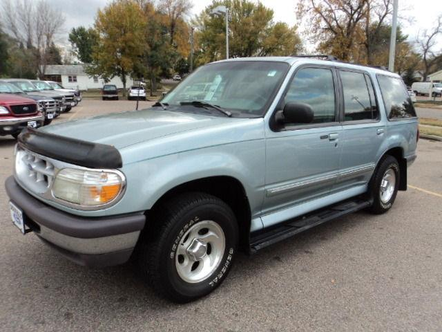 1996 ford explorer xlt for sale in sioux falls south dakota classified. Black Bedroom Furniture Sets. Home Design Ideas