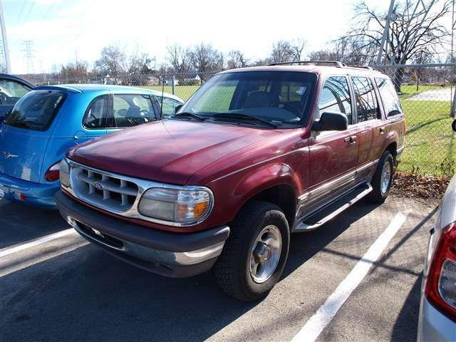 1996 ford explorer xlt for sale in louisville kentucky classified. Black Bedroom Furniture Sets. Home Design Ideas