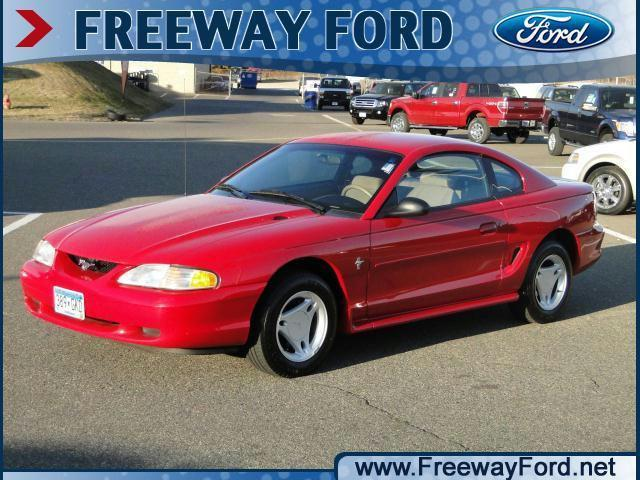 1996 ford mustang for sale in bloomington minnesota classified. Black Bedroom Furniture Sets. Home Design Ideas