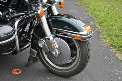 1996 Harley-Davidson FLHTC 124 c i  S & S motor w/sidecar