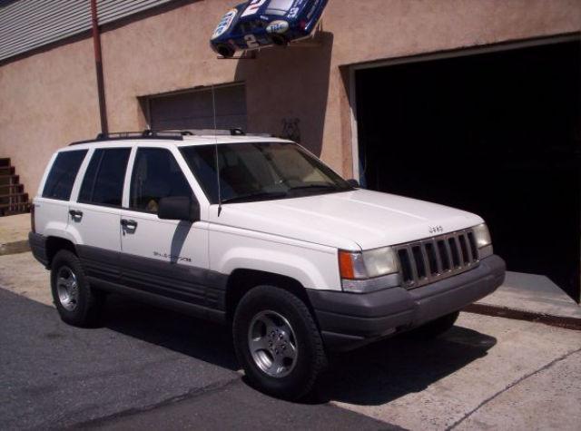 1996 jeep grand cherokee laredo for sale in slatington pennsylvania classified. Black Bedroom Furniture Sets. Home Design Ideas