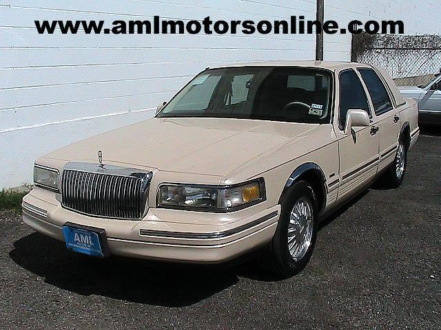 1996 Lincoln Town Car Cartier Designer For Sale In San Antonio
