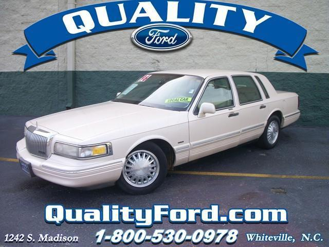1996 Lincoln Town Car Cartier Designer For Sale In Whiteville North