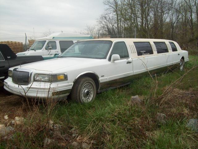 1996 lincoln town car limousine super stretch for sale in bedford virginia classified. Black Bedroom Furniture Sets. Home Design Ideas