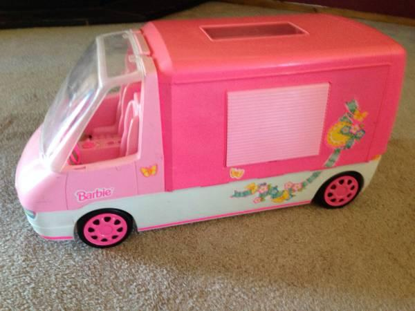 1996 MATTEL BARBIE RV - $20